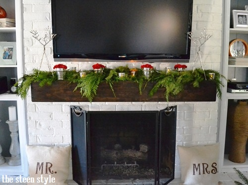 2012 Christmas Mantel1